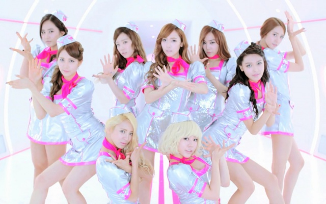 Girls′ Generation - Flower Power