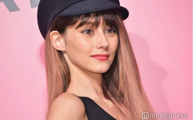 Japonský talent s exotickým pôvodom Akemi Darenogare