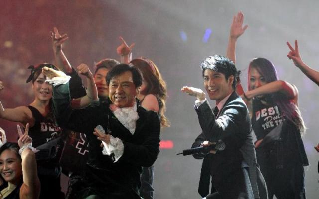 LeeHom na oslavě narozenin Jackieho Chana