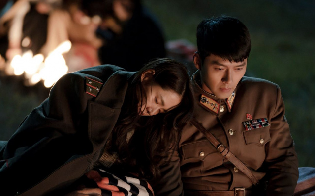 Son Ye Jin a Hyun Bin v seriáli Crash Landing on You