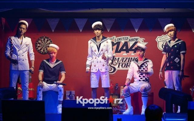 B1A4 během koncertu Limited Show Amazing Store